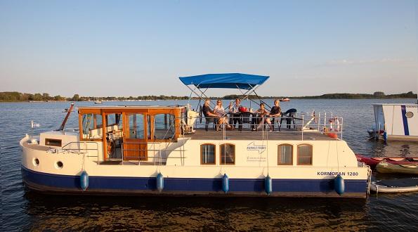 Hausboot für 2 bis 12 Personen: Primus Kormoran - Kuhnle Tours